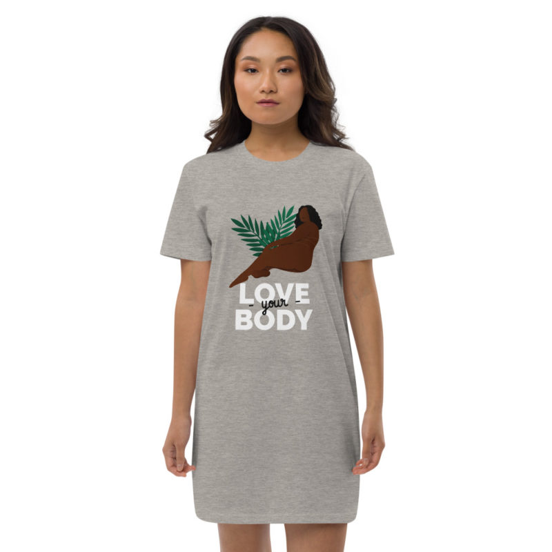 robe t-shirt love your body