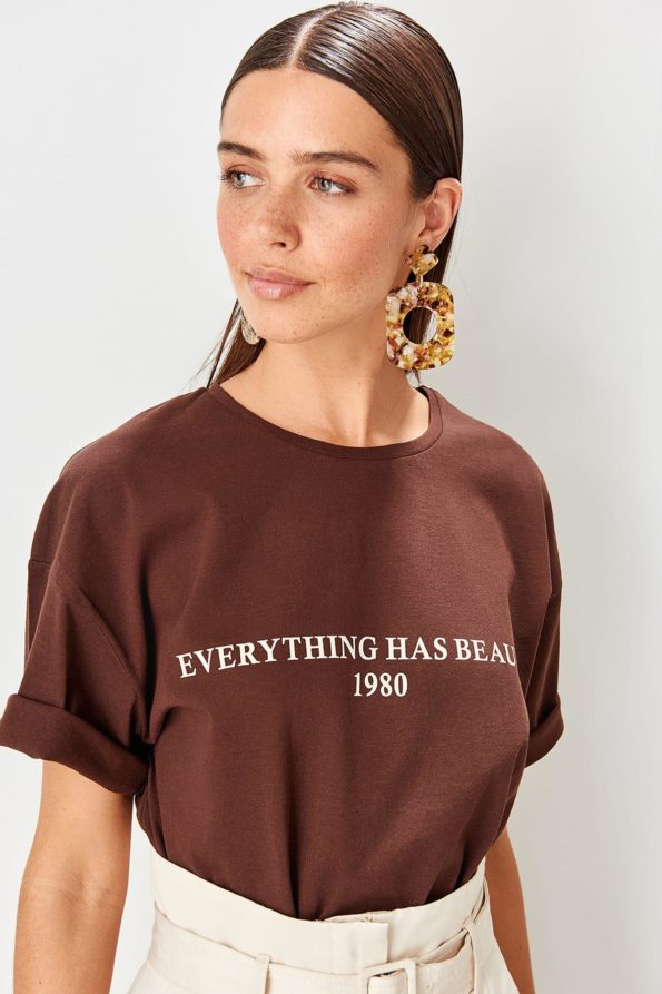 T-shirt Everything has beauty