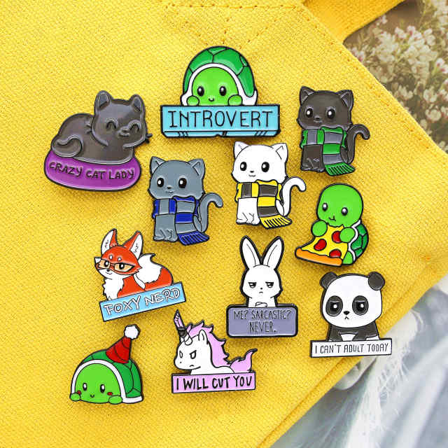 Pin's animaux lapin chat tortue licorne